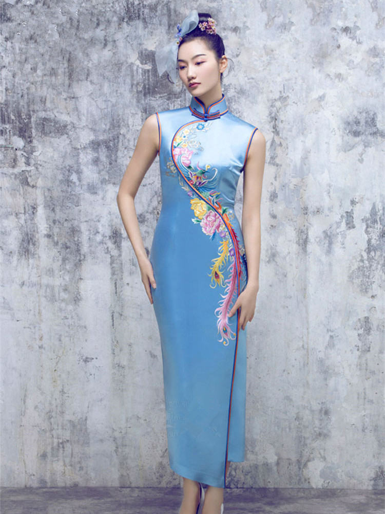 Lake blue embroidered cheongsam