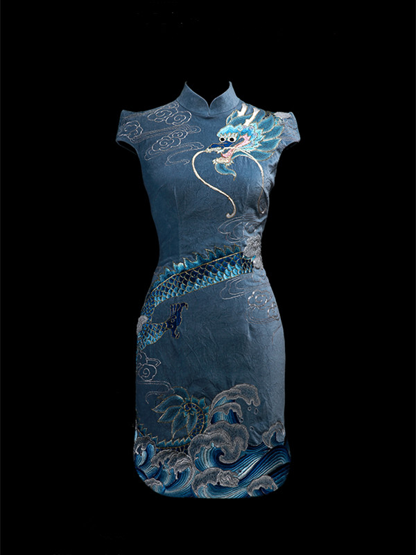 Blue embroidered cheongsam