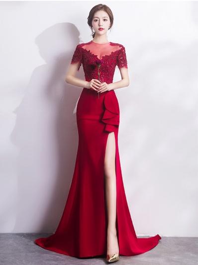 红色礼服裙
